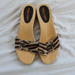 Donald J Pliner Leather wooden sandals